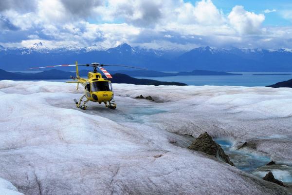 Helikoptertur over Indlandsisen